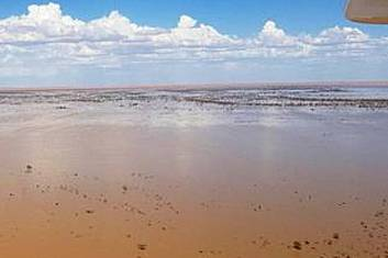 4 day Lake Eyre & Flinders Ranges Tour - Ikara Safari Tent Glamping (Double/Twin Share)
