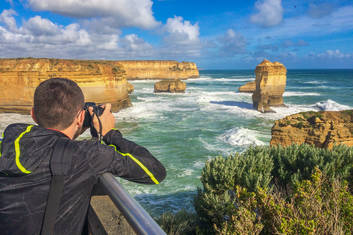 Spectacular limestone formations in the Port Campbell National Park